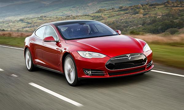 От кроссовера до родстера: что покажет Tesla в ближайшие годы