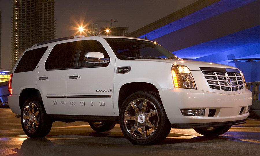 GM представил гибридный Cadillac Escalade
