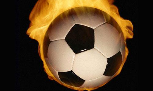 Гонщики «Формулы-1» сыграли в футбол против «Сборной звезд»