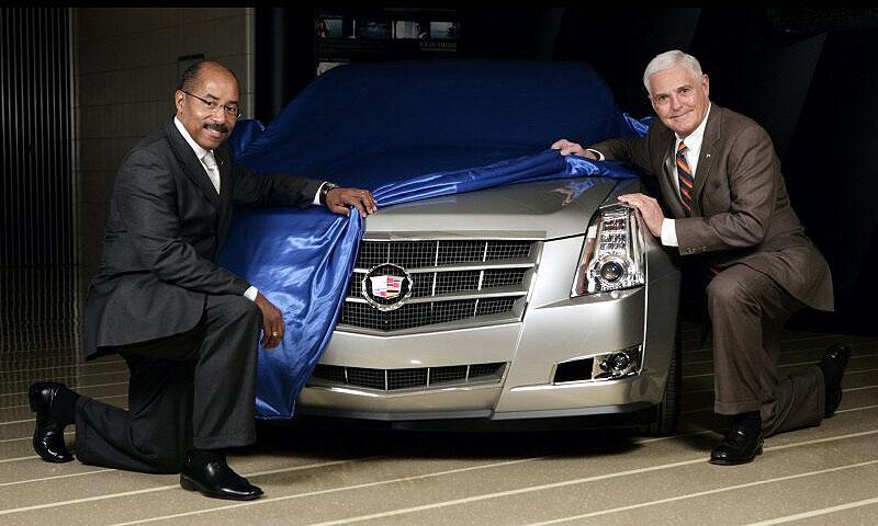 Новый Cadillac CTS показали не целиком