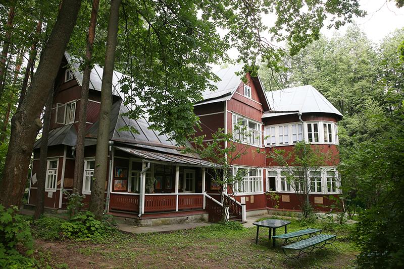 Дом-музей Б.Л. Пастернака в дачном поселке Переделкино