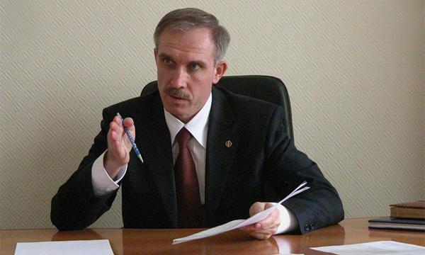 Губернатор Ульяновской области Сергей Морозов пересадит чиновников на Lada