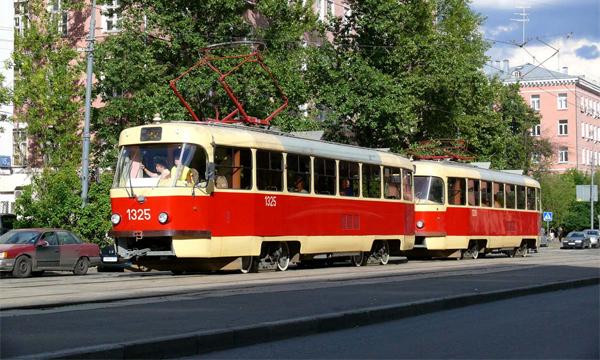 Трамвайные пути оградят от автомобилей