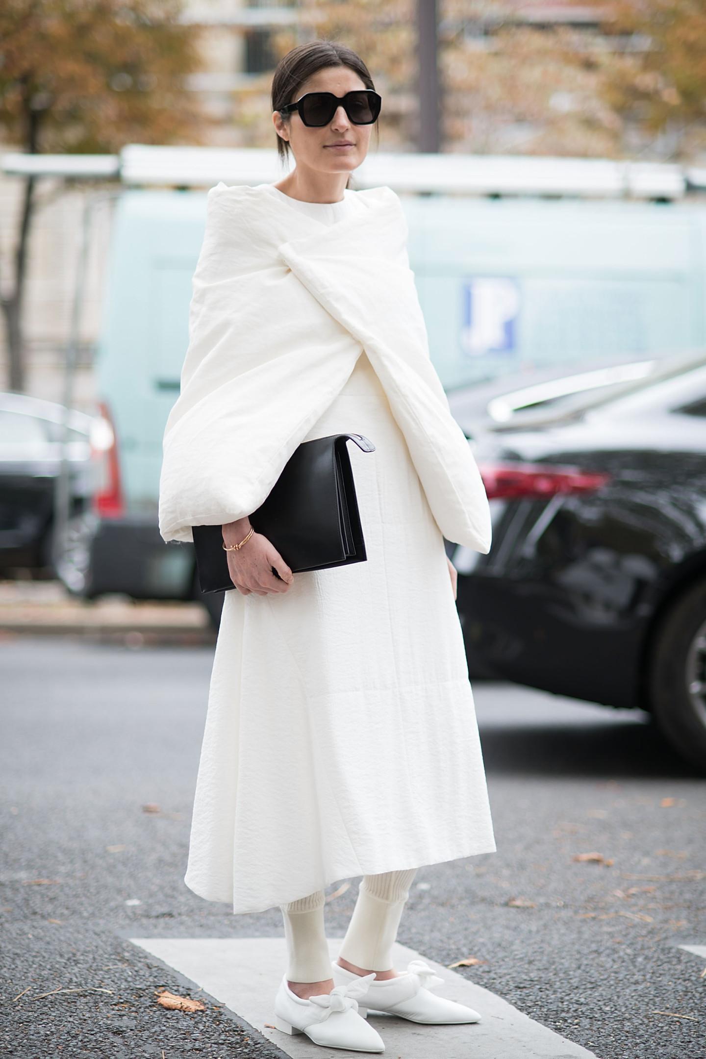 Сочетание платья с брюками