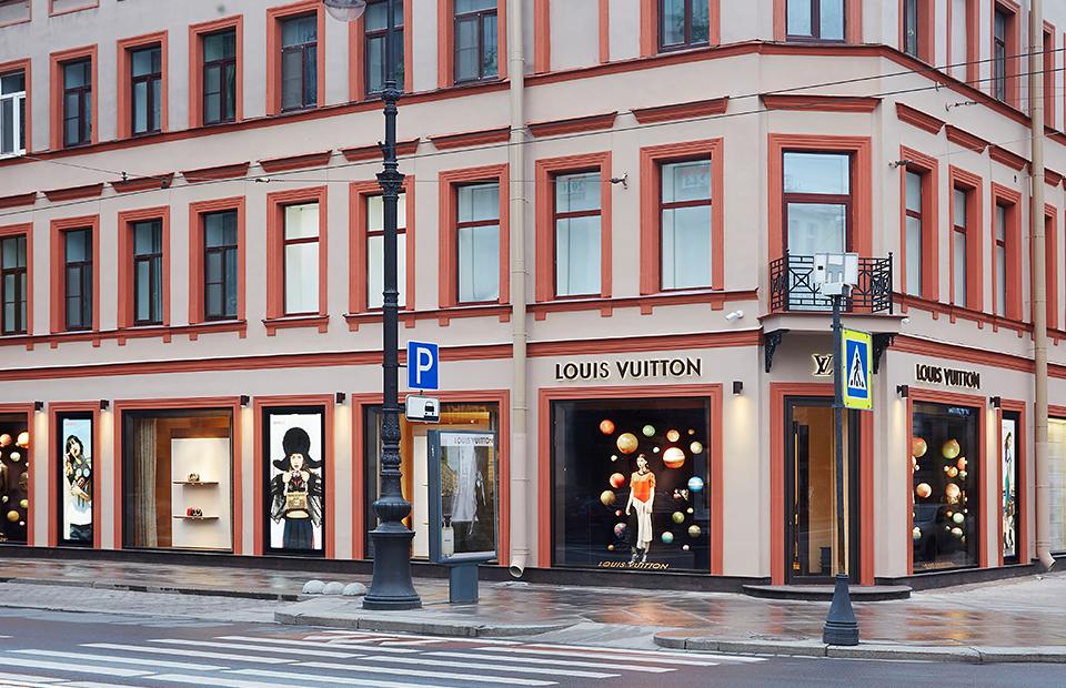 d765c6660831 В Санкт-Петербурге вновь откроется бутик Louis Vuitton :: Впечатления ::  РБК.Стиль