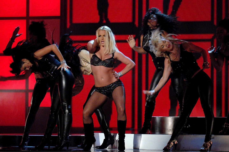 Выступление Бритни Спирс на премии MTV Video Music Awards,2007