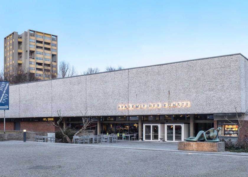 Akademie der Künste (Hanseatenweg)