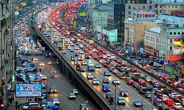 «Москва увидит пробки не на часы, а на много суток»