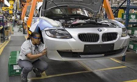 Чистая прибыль BMW упала в I квартале на 18%