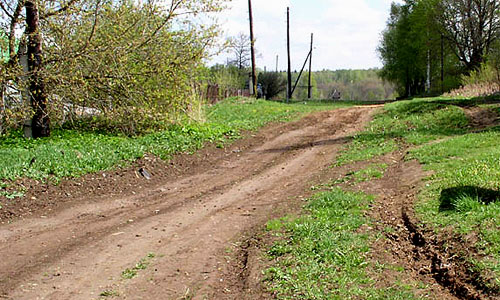На строительство сельских дорог выделено 18 млрд рублей
