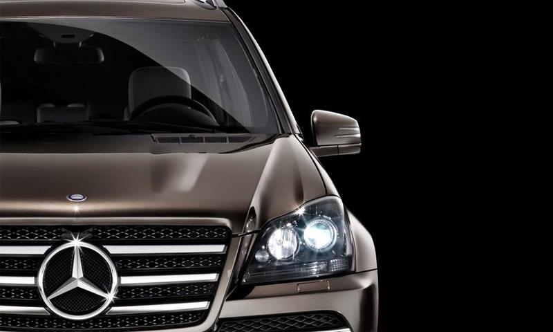 Mercedes-Benz GL нового поколения покажут в апреле