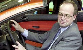 Исполнительный директор PSA Peugeot Citroen Жан-Мартин Фольц