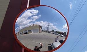 Украденные панорамные дорожные зеркала вернутся на свое прежнее место