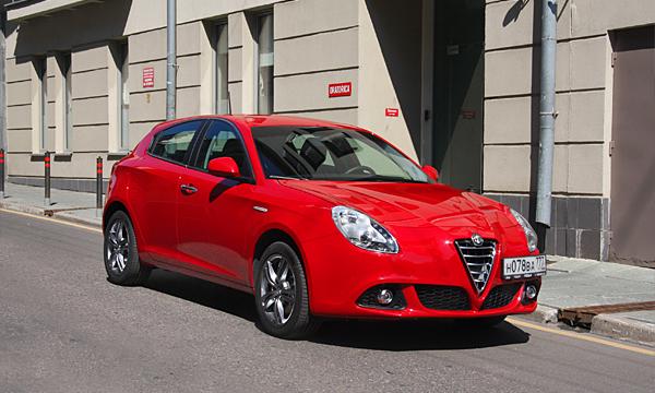 Все еще итальянка. Тест-драйв Alfa Romeo Giulietta
