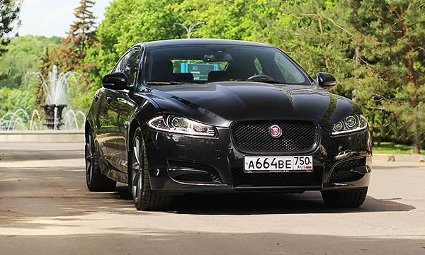 Цифра дня и красная докатка. Тест-драйв Jaguar XF
