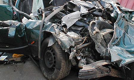 В Чувашии в результате лобового столкновения автомобилей МАЗ и ВАЗ-2110 погибли пять человек