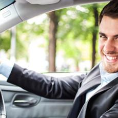 Примерный водитель