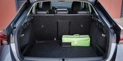У Octavia и раньше был самый большой багажник в классе, а теперь он стал просто неприличным— 578 литров.