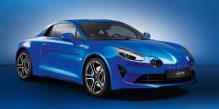 Среднемоторный Alpine A110 – первенец возрожденного компанией Renault французского бренда. Несущий кузов и подвеска выполнены из алюминия, а кресла весят всего по 13 кг. Ради оптимальной развесовки топливный бак перенесли вперед. Турбомотор объемом 1,8 л развивает 252 л.с. и 320 Нм момента. Разгон с места купе с семиступенчатым «роботом» занимает 4,5 секунды.