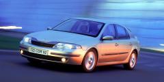 Renault Laguna стал самым безопасным автомобилем 2001 года. Впервые в истории независимых краш-тестов Euro NCAP автомобиль получил максимальные пять звезд за защиту при фронтальном и боковом столкновении. В следующем году результат «Лагуны» повторил Mercedes-Benz E-Class, а Euro NCAP пришлось повышать требования к безопасности автомобилей.