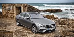 Mercedes E-Class  У E-Class есть и версии мощностью до 200 л.с., как и у BMW 5-Series. Что касается более дорогих исполнений «ешки», то здесь прибавка может составить от 117 тыс. руб. (версия E300, 245 л.с.) до 168 тыс. руб. (E400, 333 л.с.).
