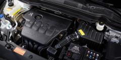 Безальтернативному мотору 2,0 л прописан 95-й бензин.