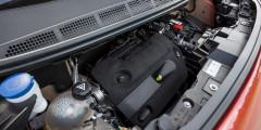 Турбодизель отвечает нормам «Евро-5», но продолжает нуждаться в заправке мочевиной AdBlue через каждые 20 тыс. километров.