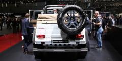 Для G 650 Landaulet производитель предлагает всего один силовой агрегат, который позаимствовали у другого Gelandewagen – AMG G 65. Это 12-цилиндровый V-образный двигатель объемом 6,0 л, оснащенный двойным турбонаддувом. На пике мотор развивает 630 л.с. и 1000 Нм крутящего момента, которые передаются на семиступенчатую автоматическую коробку передач