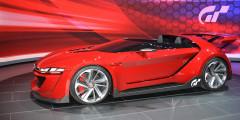 VW Scirocco VW решил снять с производства спортивную трехдверку Scirocco из-за низкого спроса. Причем, немецкий автопроизводитель решил не разрабатывать новое поколение модели. Позже представители VW уточнили, что модель не уйдет на покой, а после перерыва возродится в виде электрического 300-сильного спорткара. По слухам, новый Scirocco построят на платформе MEB и оснастят агрегатами электромобилей семейства I.D., в котором тоже появится аналогичная спортивная модель.