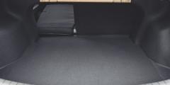 Багажник Hyundai вырос на 10 л, а широкая секция спинки теперь расположена справа.