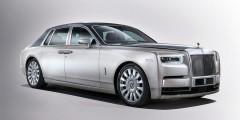 Rolls-Royce Phantom VII  Еслибы мы не использовали правило, что от каждой марки берем только одну машину, автомобили Rolls-Royce занялибы в этом рейтинге первые пять мест. Впрочем, Rolls-Royce Phantom последней итерации безоговорочно лидировалбы даже среди родственников. Модель с эксклюзивными часами и 571-сильным мотором стоит 52400000 рублей.