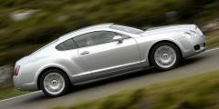 В том же году Bentley и VW, получивший контроль над легендарной британской маркой, представили первую совместную модель – купе Continental GT. Автомобиль был построен на платформе седана Phaeton и оснащался необычным мотором W12, разработанным немецкими инженерами. С каждой модификацией купе становится все мощнее: недавно представленный Continental Supersports разгоняется с места до 100 км/ч за 3,4 секунды, а максимальная скорость составляет 336 км в час.