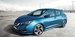 Nissan Leaf  Новое поколение Nissan Leaf будет официально представлено только 6 сентября, но уже сейчас известно, что на одной зарядке оно сможет проехать примерно вдвое больше своего предшественника — 550 километров.