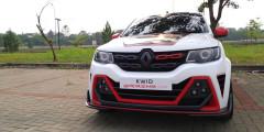 Renault Kwid Extreme  Псевдокроссовер Renault Kwid, несмотря на доступную цену, пока демонстрирует очень плохие результаты продаж. Отчасти это можно объяснить дефицитом машин: Kwid собирают в Индии и там спрос на него очень высок. Для того, чтобы еще раз напомнить индонезийцам о Kwid, на мотор-шоу привезли спецверсию Extreme: спойлер, агрессивный обвес, квадраты противотуманок в стиле Renault Megane RS и диски OZ Racing. В тоже время простенький интерьер и литровый мотор мощностью 68 л.с. оставили без внимания.