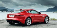 Турбированный F-Type дешевле версий V6: за купе просят 4,5 млн, а за родстер — 5,3 млн рублей. Машина с V6 обойдется более чем на 600 тысяч дороже. Базовые F-Type оснащаются 8-ступенчатым «автоматом», но при этом система полного привода для него недоступна.