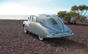 Чудо из Чехословакии. Первый в России тест-драйв Tatra T87