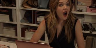 Кадр из сериала «Жирным шрифтом»