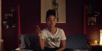 Кадр из сериала «С большой буквы»