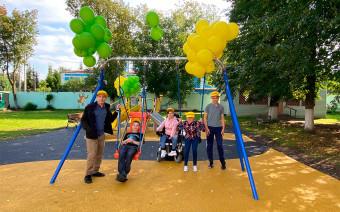 Детская площадка из старых шин: зачем Dunlop собирает покрышки