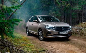 От Granta до RAV4. Топ-10 самых популярных автомобилей в России в 2020-м