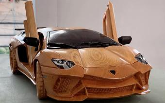 Детальную копию Lamborghini Aventador S из дерева показали на видео