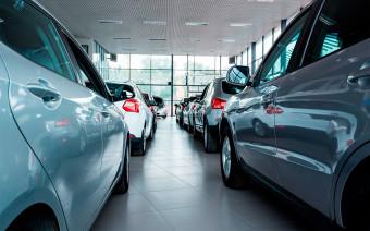 Посмотрите, сколько стоили машины в 2012 году. Таблицы тогда и сейчас