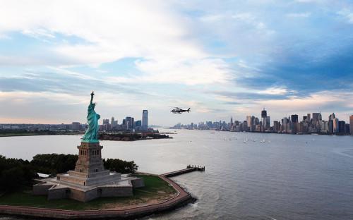 <p>Нью-Йорк занял первую строчку, в нем живут 103 долларовых миллиардера. Это больше, чем, к примеру, во всей Великобритании (90)</p>