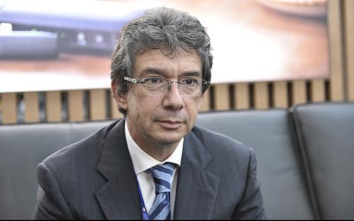 <p>Гендиректор Philip Morris International Андре Калантзопулос</p>  <p></p>