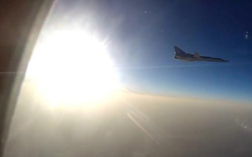 <p>Боевой вылет самолетов&nbsp;ВКС РФ в&nbsp;Сирию&nbsp;с иранской авиабазы Хамадан, 16 августа 2016 г.</p>  <p></p>  <p></p>