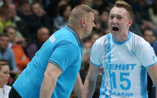 Волейболист Алексей Спиридонов (справа) с главным тренером казанского «Зенита» Владимиром Алекно