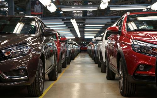 Автомобили LADA XRAY на заводе в Ижевске<br /> &nbsp;