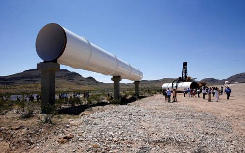 Трубы для тестированияHyperloop One в Норт-Лас-Вегасе, США. 11 мая 2016 года
