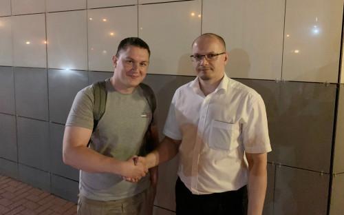 Максим Солопов (слева)