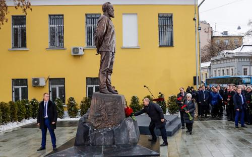 Владимир Путин на торжественной церемонии открытия памятника Александру Солженицыну